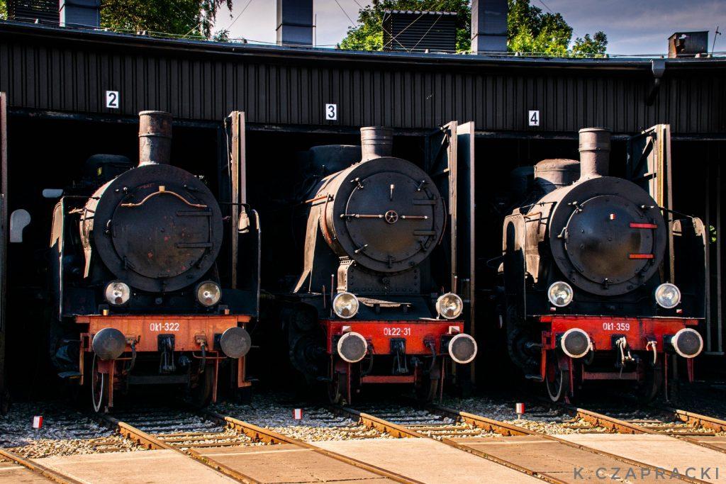 Parowozy Ok1-322, Ok22-31 oraz Ok1-359 na terenie Parowozowni Wolsztyn.